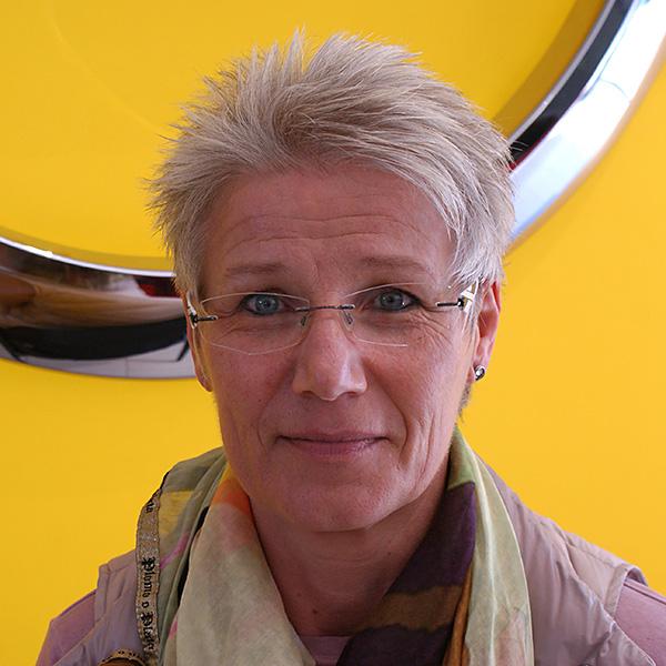 Helga Elsner